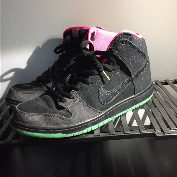 new style 310db 4998c Nike SB dunk high northern lights yeezy